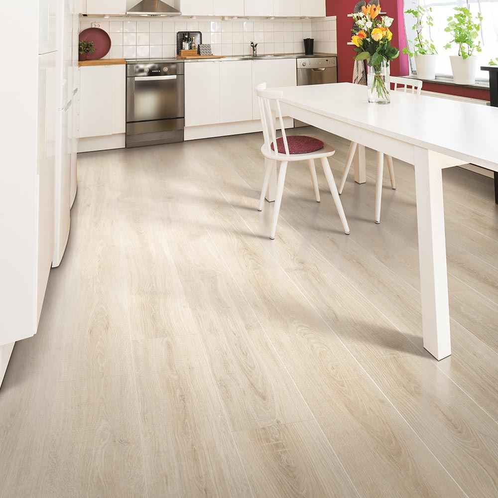 Archer heights series sandcastle oak empire today for Empire flooring