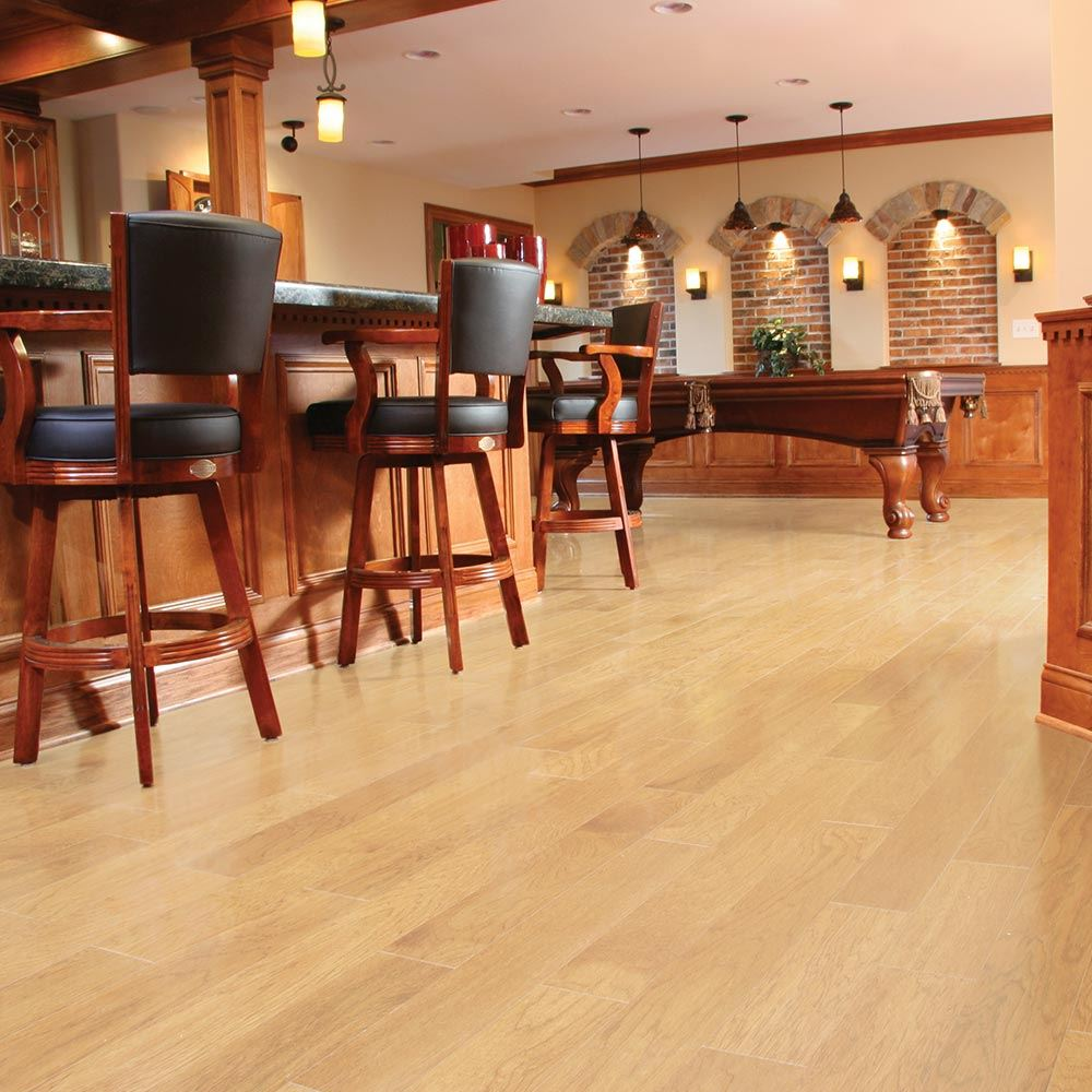 Empire Carpet Vinyl Flooring: Encore Series Oak - Wheat