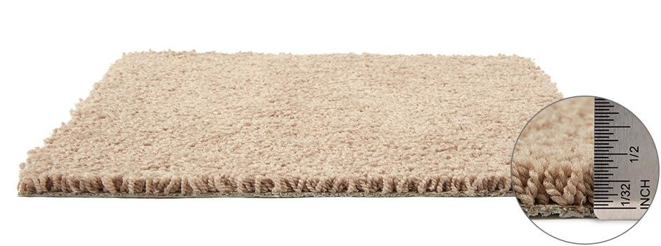 Alpine Carpetside View Showing Texture And Thickness